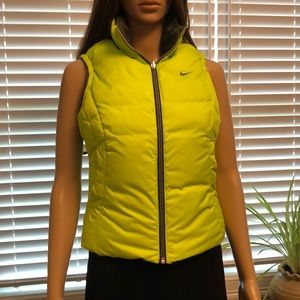 Nike reversible puffer vest